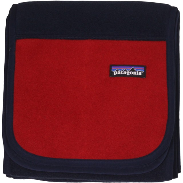 Patagonia Synch Navy Blue w/ Classic Red