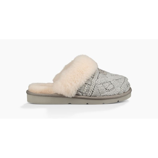 Ugg Womens Cozy Cable Seal
