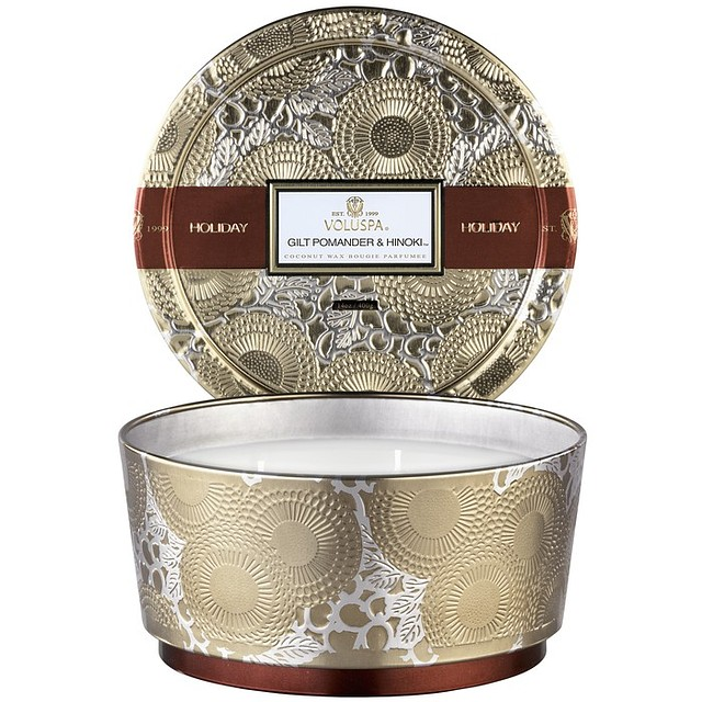 Voluspa 3 Wick Pedestal Tin Gilt Pomander & Hinoki Holiday