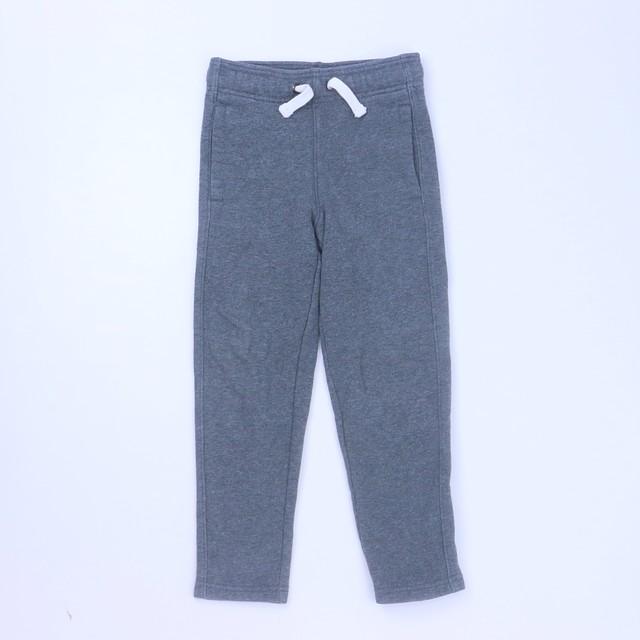 <h1> Athletic Pants</h1> <h2>size: 4-5T</h2>