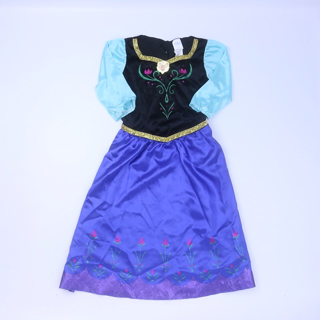 <h1> Costume</h1> <h2>size: 7-8 Years</h2>