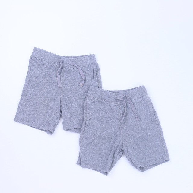 GapSet of 2 Shorts12-18 Months