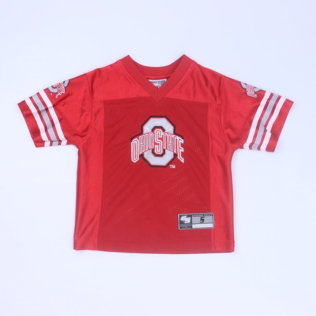 <h1> Sports Jersey</h1> <h2>size: 4T</h2>