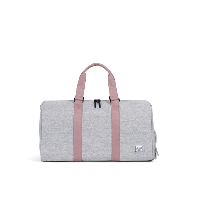 be2a9813a47  34.99 ·  p Herschel Supply CO. Novel Mid Light Grey Crosshatch   Ash Rose