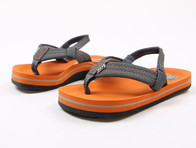 Reef Kids Little Ahi Rasta Flip Flops Sandals Shark Black Multi 3//4 New