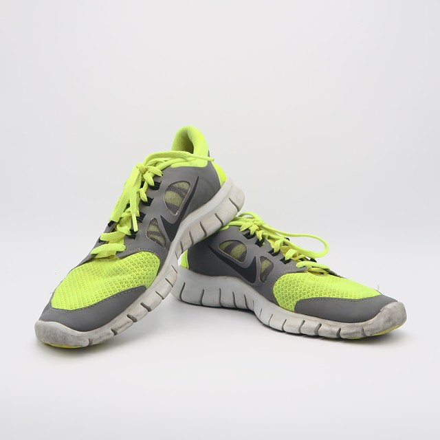 Nike Sneakers4.5 Youth
