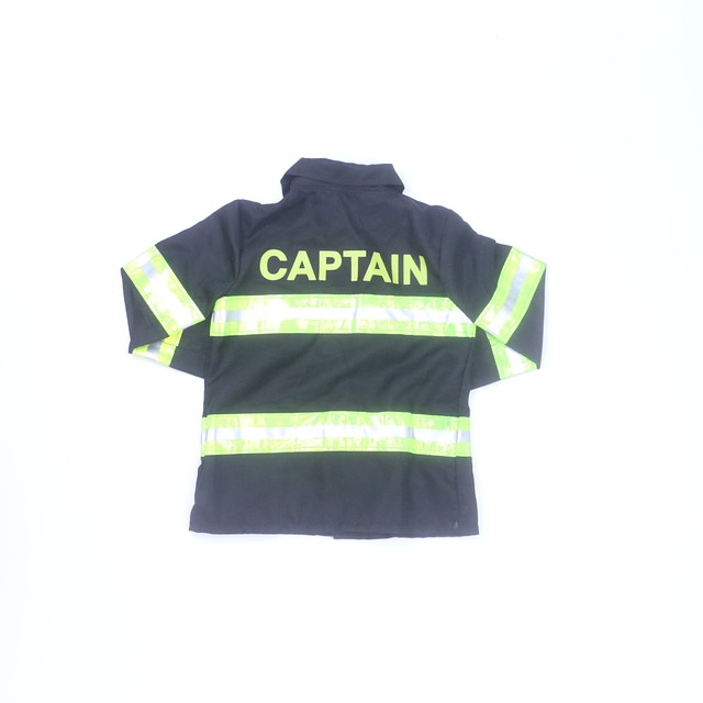 <h1>2-pieces Costume</h1> <h2>size: *4-5T</h2>