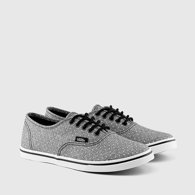 30040eafecea  p Vans W Authentic Lo Pro (Chambray Dots) Black br