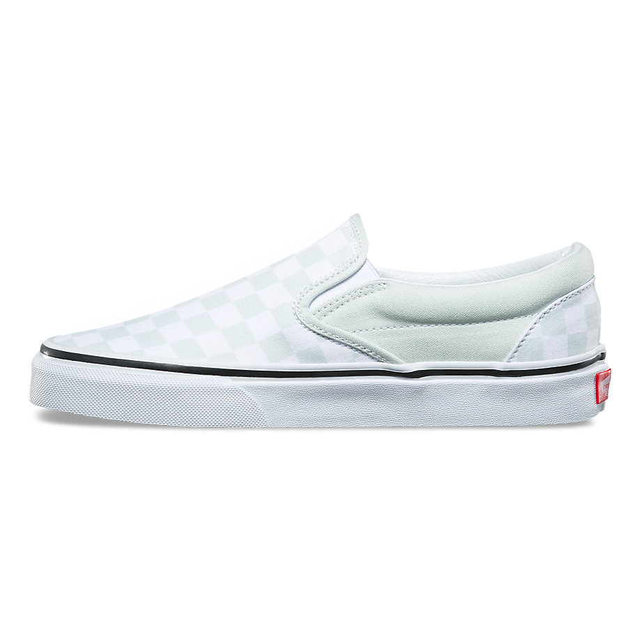 934bd317ac20 Womens Classic Slip-On - (Checkerboard) Blue Flower   True White p